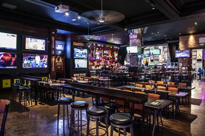 Blondies Sports Bar