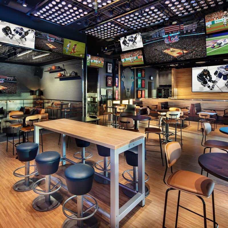 Buffalo Wild Wings on Miracle Mile