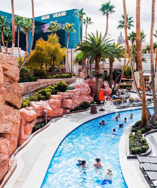 MGM Pool 2