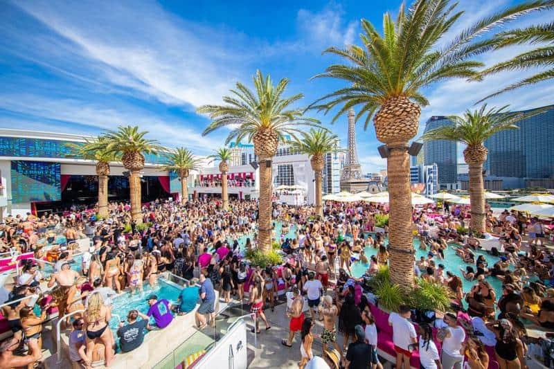 Drai's Beachclub Pool Party 1