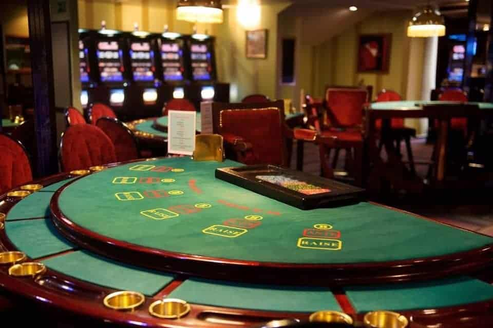 How to Play Blackjack in Vegas