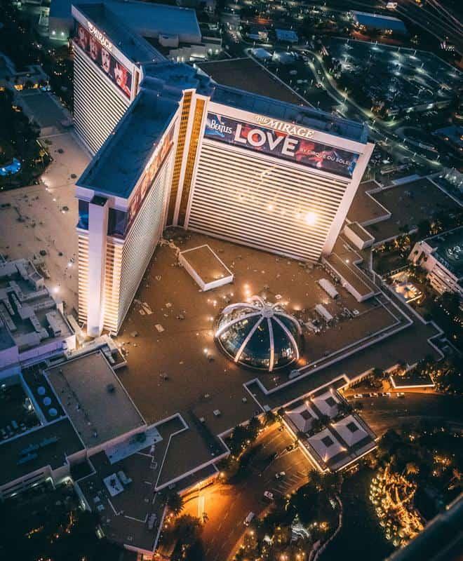 Walk the Las Vegas Strip