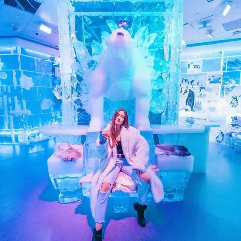 What Should You Wear to the Ice Bar