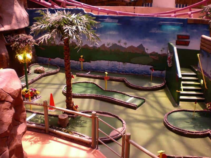 Pirates Bounty Mini Golf